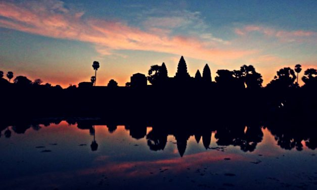 Mi amanecer en Angkor Wat
