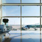 ¿Cuánto tiempo antes hay que llegar al aeropuerto y terminales?